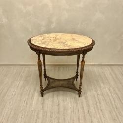 Антикварный старинный столик