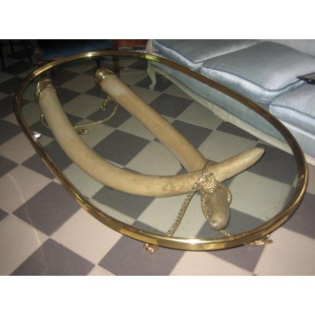 Стол с имитацией бивней