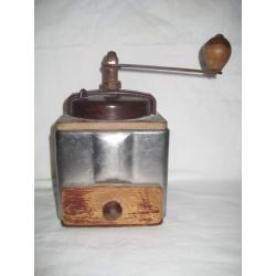 Кофемолка, металл, бекелит, 1900 г. Лот (20410-6)