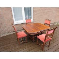 Антикварный стол со стульями из ореха