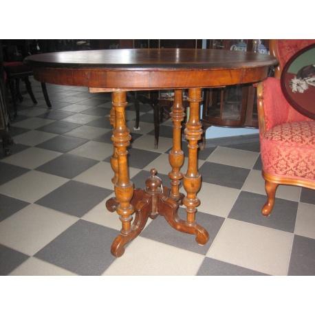 Овальный чайный столик 1880 год