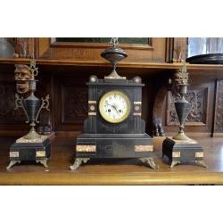 Часы Каминные ( Лот SA 5698 )