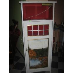 Антикварный шкаф из сосны