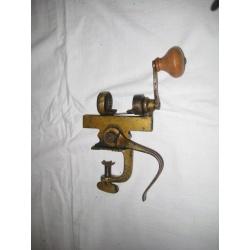 Машинка для набивания патронов ( Лот 20733-10)