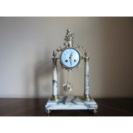 Часы каминные ( Лот AL 1135 )