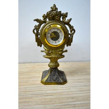 Часы ( ЛОТ HV 6492 )
