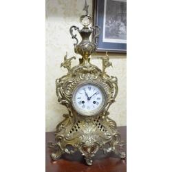 Часы ( ЛОТ HV 6518 )