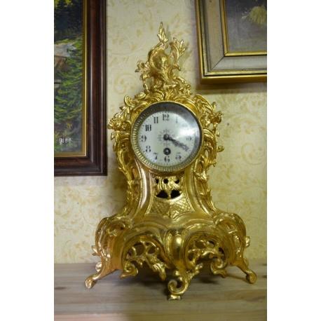 Часы ( ЛОТ HV 6525)