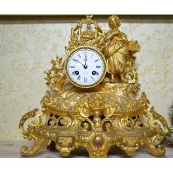 Часы ( ЛОТ HV 6528)