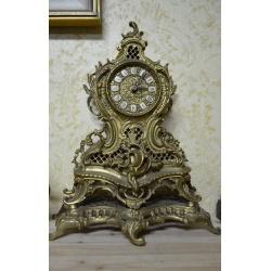 Часы ( ЛОТ HV 6529)