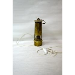Лампа ( Лот HV 6617)