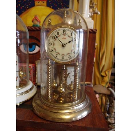 Часы - годовик Kundo с колпаком
