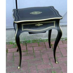 Столик дамский в стиле Наполеон 3