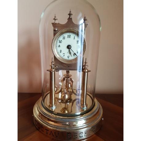 Часы - годовик от Gustav Becker ( Лот AL