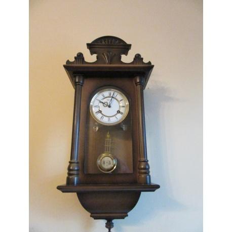Часы настенные Franz Hermle ( Лот AL 2880 )