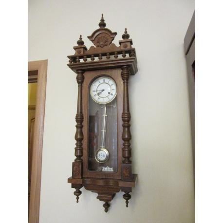 Часы настенные Franz Hermle ( Лот AL 2939 )