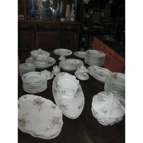 Большой столовый сервиз (60 предметов)