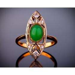 Нарядное кольцо с бриллиантами и нефритом